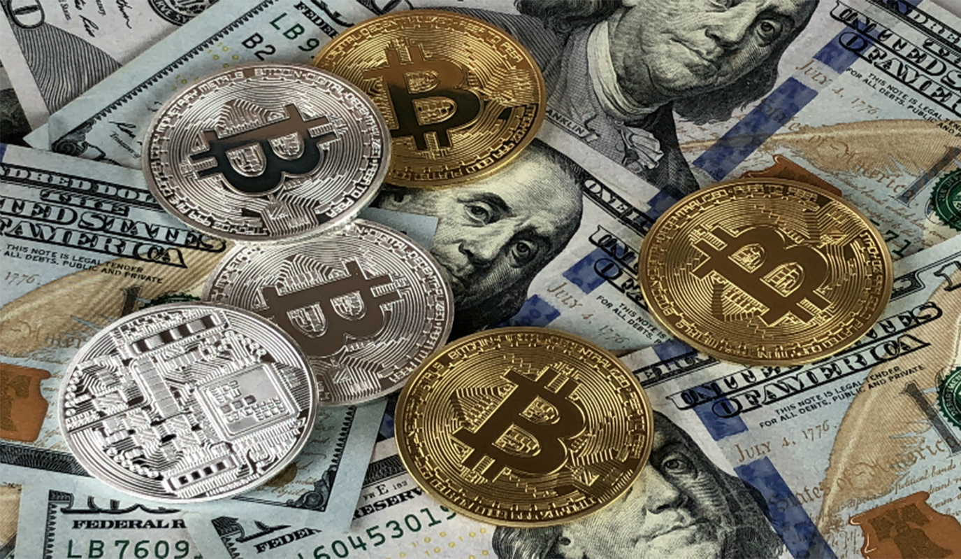 What currency to keep money in 2018 28
